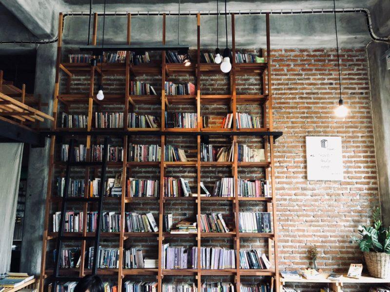 賃貸物件に「壁一面の本棚」を作る方法